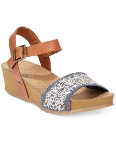 Rocket Dog Griffith Two-Piece Footbed Wedge Sandals