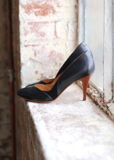 Je crois que je les préfères en noir, elles sont trop classes ! Dommage qu'elles soient en rupture de stock ;( Sézane / Morgane Sézalory - Boston courts #sezane #boston