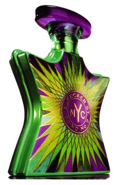 *Bleecker Street Bond No 9 for women and men ( woody, opening with violet leaf, blueberry and thyme, followed by the heart of cedar wood, intensively sweet – fruity jasmine and peppery – vanilla cinnamon, ending at the base of oakmoss, suede, patchouli, amber and warm and soft vanilla.)