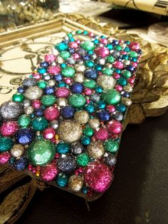 DIY Tutorial: Cheap Blinged Out Cell Phone Case!