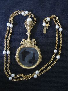 1928 Necklace Magnifying Glass Angels Faux Pearls Gold-Toned Chain 18.5