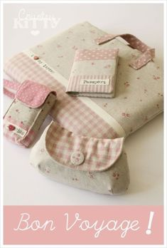 Bon Voyage: laptop case, pouch, passport holder and a compact camera case. I want to know where I can buy these, or a tutorial to make them. Fabric Crafts, Sewing Crafts, Sewing Projects, Patchwork Bags, Quilted Bag, Handmade Handbags, Handmade Bags, Sac Vanessa Bruno, Bag Sewing