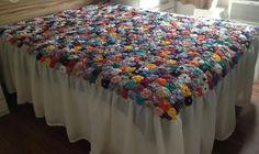 Quer ver 15 ideias de colchas de cama artesanais? Então aproveite o material que separamos para você se inspirar.