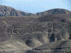 There are many enigmatic ancient geoglyphs in the Nazca Desert, in southern Peru.Stretching across nearly 200 square miles of high arid plateau the Nazca lines are legendary and of great interest to archaeologists and historians. Some of these giant figures we find here can only be clearly seen from a few hundred feet in the air.