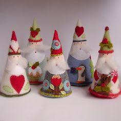 cute little felt santas - gives me ideas for carving wooden Santas for Christmas! Christmas Makes, Christmas Art, Christmas Projects, Winter Christmas, Handmade Christmas, Father Christmas, Felt Decorations, Christmas Decorations, Felt Crafts