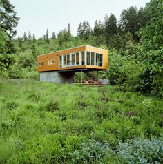 modern exterior by Paul McKean architecture llc Portland, Modern Residential Architecture, Architecture Details, Modern Exterior, Exterior Design, Oregon, Cities, House On Stilts, Container House Design
