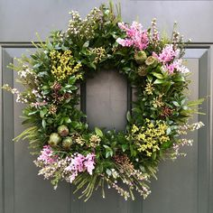 """""""Organic"""" fresh green and fresh flowers spring door wreath. Spring Door Wreaths, Easter Wreaths, Summer Wreath, Wreaths For Front Door, Fresh Wreath, Diy Christmas Cards, Door Decorating, Decorating Ideas, Fresh Flowers"""