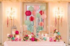 ピンクと水色のコーディネート キキララっぽい色合い - Pink and light blue decorations Wedding Sets, Wedding Colors, Wedding Flowers, Wedding Table Decorations, Wedding Table Settings, Wedding Ornament, Sweetheart Table, Table Flowers, Flower Designs