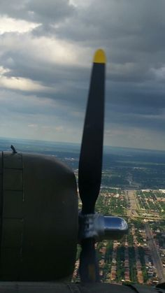 "View out of the B-17 ""Yankee Lady"""