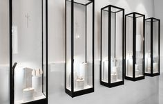 Nikos Koulis Mykonos, marble display items