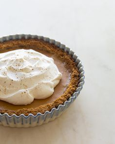 Aaah! Also, click through to see very cool stop-mo animation -- Butternut Squash Pie / Image via: Spoon Fork Bacon #entertaining #cozy