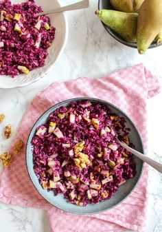 Rotkohl Birnen Salat mit Walnüssen- Heavenlynn Healthy Red cabbage and pear salad with walnuts – vegan, gluten-free, raw, without refined sugar Raw Food Recipes, Healthy Recipes, Free Recipes, Salad Recipes, Sandwich Recipes, Recipes Dinner, Roh Vegan, Vegan Coleslaw, Coleslaw Salad