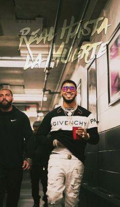 Anuel Aa Wallpaper, Cute Tumblr Wallpaper, Iphone Wallpaper, Latino Artists, Music Artists, Rap Albums, Man Crush Everyday, Lil Pump, Daddy Yankee
