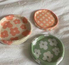 Ceramic Pottery, Pottery Art, Ceramic Art, Keramik Design, Clay Plates, Clay Art Projects, Cute Clay, Jewelry Tray, Diy Clay