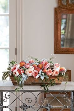 Floral designer Buffy Hargett Miller shares arrangements filled with summer flowers with us that give you that fresh from a farmer's market feel.