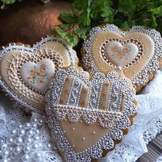 Fair demos - fun time, hearts in beige and lace with autumn roses by Teri Pringle Wood
