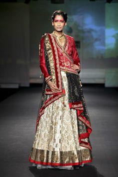 Indian Fashion  ...... ★★★★★★