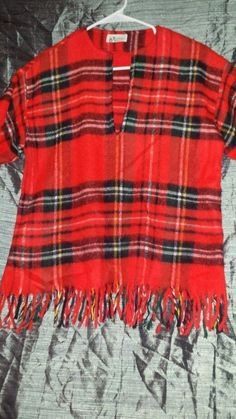 VTG TRAFALGAR SQUARE RED  PLAID FRINGED WOOL BOHO/HIPPIE TUNIC Sz M UNION MADE #TRAFALGARSQUARE #Tunic #Casual