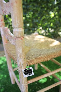 #quartodavovo #decoración #eventos #desfile #fimi #diamagico #furniture #reciclar #recuperar #recycled #design #diseño #muebles #mobiliario #decapado #pátina #silla #paja