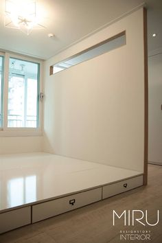 트랜디한 아파트 인테리어(침실,서재방): 미루디자인의 모던 침실