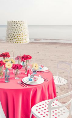 If you are still wondering about the color theme of your romantic beach wedding, why not consider pink? Check out some fabulous pink beach wedding ideas. Beach Wedding Setup, Lace Beach Wedding Dress, Beach Wedding Photos, Wedding Set Up, Beach Wedding Inspiration, Beach Wedding Photography, Seaside Wedding, Dream Wedding, Wedding Ideas