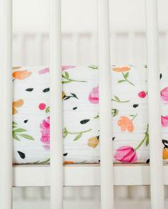 Berry + Bloom Crib Sheet | ROOLEE
