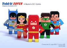 Super Hero downloadable paper craft: Batman, Wonder Woman, Superman, The Flash and Green Lantern.
