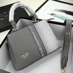Welcome to Hnadbags . Here you will discover luxury bags, pretty handbags, funky Here you will uncover luxury totes, Here you will find luxury purses designer, Here you will uncover luxury totes. Unique Handbags, Fall Handbags, Popular Handbags, Trendy Handbags, Cute Handbags, Cheap Handbags, Chanel Handbags, Fashion Handbags, Fashion Bags