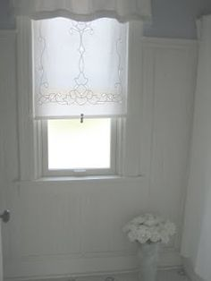 Cutwork embroidery roller shade, add a tassel pull and it's perfect! Lace Window, Cutwork Embroidery, Cozy Chair, Roller Shades, Linens And Lace, Curtains With Blinds, Cottage Style, Decoration, Window Treatments