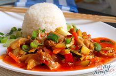 Směs kuřecího masa a zeleniny ve sladké chilli omáčce. Jako příloha je ideální jasmínová nebo basmati rýže. Autor: Naďa I. (Rebeka)