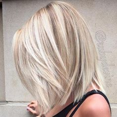 21 Layered Haircuts for Medium Hair – Hair Styles Layered Haircuts For Medium Hair, Medium Hair Styles, Straight Hairstyles, Short Hair Styles, Hair Medium, 1920s Hairstyles, Hairdos, Medium Length Hair Blonde, Medium Straight Haircut