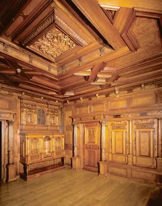 Haus zum Dolder - Referat Astrid Arnold Ancient Architecture, Amazing Architecture, Architecture Art, Arnold Haus, Amazing Spaces, Fine Woodworking, Ceiling Design, Earth Tones, Traditional House