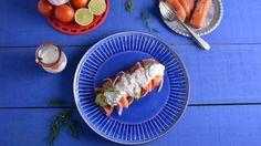 Ensalada de salmón y aguacate con vinagreta de yogur y eneldo - Ana Jiménez García - Receta - Canal Cocina