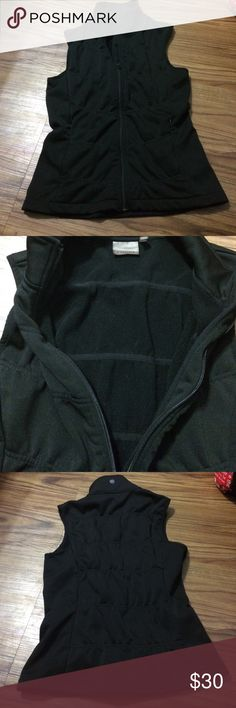 Athleta vest Excellent condition Athleta Jackets & Coats Vests