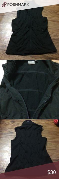 Athleta vest Excellent condition Athleta Jackets & Coats Vests