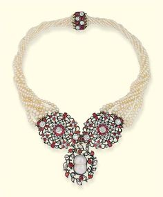 AN ANTIQUE RUBY, DIAMOND AND PEARL NECKLACE