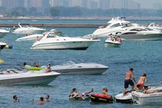 (Illinois) - Safe boating tips: Advice from an expert on holiday boating safety