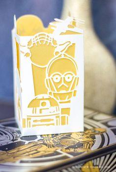 Paper Lantern Lights, Paper Lanterns, Disney Fantasy, Star Wars Party Decorations, Star Wars Classroom, Star Wars Crafts, Star Wars Wedding, Cricut Craft Room, Star Wars Birthday