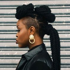 Kinky Twists Styles You Must Try! 65 Kinky Twists Styles You Must Try! - Part 3965 Kinky Twists Styles You Must Try! - Part 39 Kinky Twist Styles, Short Kinky Twists, Braid Styles, Twist Braid Hairstyles, Twist Braids, Protective Hairstyles For Natural Hair, Natural Hair Styles, Cornrows, Short Hair
