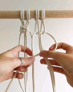 Have you ever wondered how to add texture and depth to your designs? Try the Macadamia Knot! It's made with square knots and it's a great way to add interesting details to your macrame designs♡ check our website for more tutorials! Macrame Design, Macrame Art, Macrame Projects, Macrame Knots, Macrame Bracelets, Macrame Wall Hanging Patterns, Macrame Plant Hangers, Free Macrame Patterns, Berries