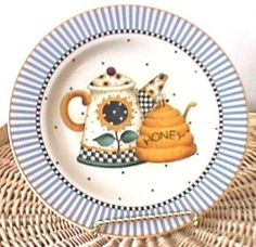 Debbie MUMM Teapots and Honey Plate