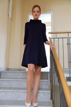 Knielange Kleider - A-Linienkleid Mary dunkelblau - Fashion Project Ideas - The Dress, Dress Skirt, High Neck Dress, Fashion Dresses, Casual Dresses, Knee Length Dresses, Beautiful Dresses, Cute Outfits, Stylish Outfits