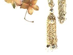 Vintage Coro Gold Necklace Tassel Necklace #jewelry #681team http://www.etsy.com/treasury/MjI4ODc1NzB8MjcyMDc1MTk4MQ/fall-trends