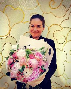 Today's #sicis #artistic #mosaic beauty is in @prestigehotelbudapest: Our guest relation officer #welcome #hotel #hotellife #budapest #hungary #magyarorszag #mindenmozaik #everythingismosaic #mozaik  #guestrelationofficer #prestige #vip #guest #suprise #flowers #summer #sicis #mosaic @sicis_official #instamood #instaphoto