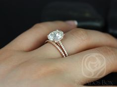 LOVE THIS!!! Blake 10x8mm 14kt Rose Gold Oval FB Moissanite and by RosadosBox