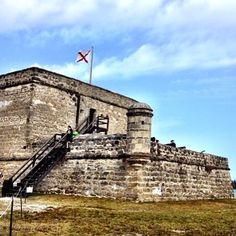 Fort Matanzas National Monument sits on Rattlesnake Island near the Matanzas River Inlet. Visit from Anastatia Island and take a free ferry ride to tour the small fort. #fortmatanzas #staugustine #nationalmonument #nationalparkservice #nationslparks #florida #i❤️staugustine @bylandersea #photoshoot #photooftheday #travelphotography #travelwriter #travel #luxurytravel #forts #visitflorida