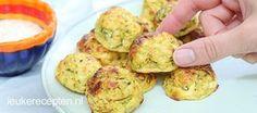 Deze groenteballetjes met feta zijn lekker als bijgerecht, maar ook ideaal om als hapje te serveren