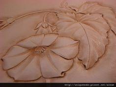 皮雕藝術-皮革雕刻寫實的花朵-牽牛-AA0110-R1063953 [640x480]