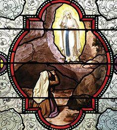 En Lourdes, Nuestra Señora coliga a sus hijos para la victoria final - El Perú necesita de Fátima