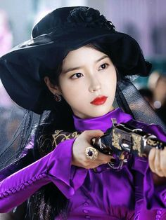 #IU #Hotel_Del_Luna #tvN #LeeJiEun #YeoJinGoo Asian Actors, Korean Actresses, Korean Actors, Iu Moon Lovers, Iu Twitter, Iu Hair, Euna Kim, Luna Fashion, Korean Shows